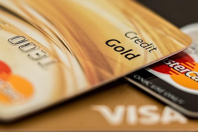 クレジットカード払いの預金出納帳や経費帳の仕訳と記帳方法は?