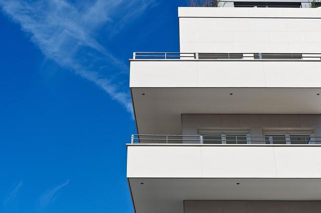 消費税増税で上がると賃貸の家賃も値上げされるのか?